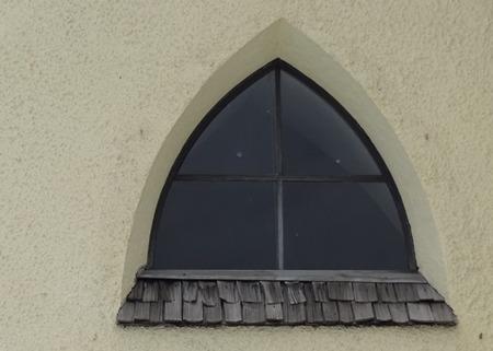 北欧の家の窓 (1)