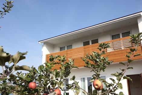 リンゴ畑の家 (1)
