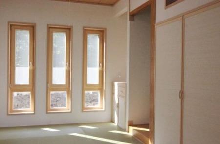 木製サッシと和室