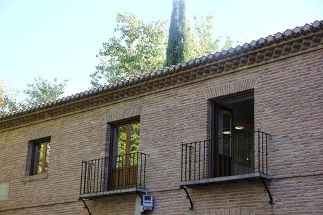 南欧の窓(3)