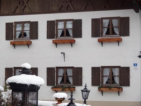 北欧住宅の窓辺 (1)