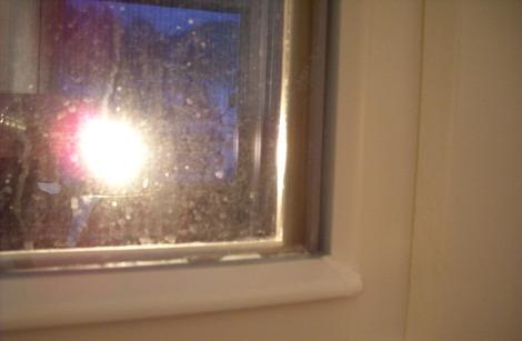 窓の結露試験 (2)