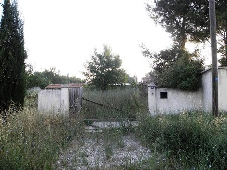 南欧の廃屋