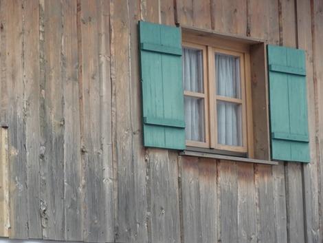北欧住宅の窓辺 (8)