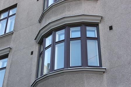 北欧住宅の窓際2