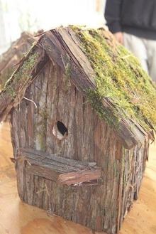 野鳥の巣箱1