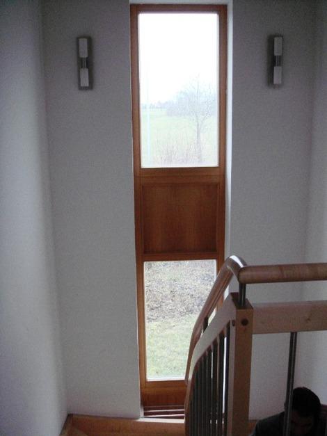 北欧の通し窓と階段 (2)