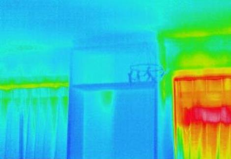 窓の暑さ対策 (2)