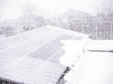 太陽光と雪 (1)