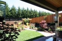 アメリカ住宅の庭先(2)