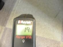 オフィスの床温度�