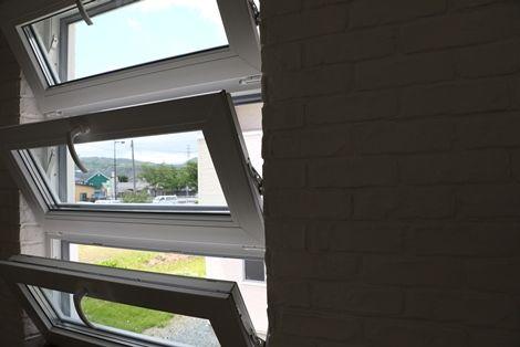 窓の暑さ対策(6)