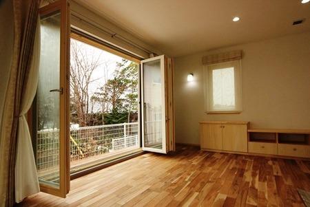 フォールディングドアのある家(4)