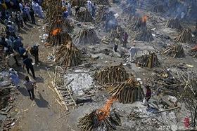 インド火葬
