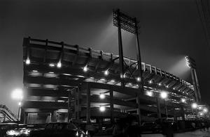 「光の球場」東京スタジアムの照明