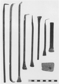 エルギン・マーブル(Elgin Marbles)を「白くする」のに使われた卑劣な道具群