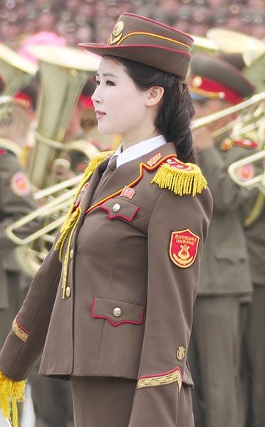 ダメポ速報【画像有り】北朝鮮の女性兵士達