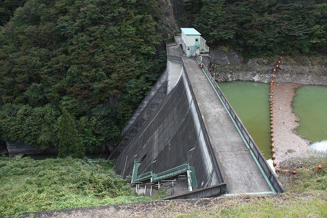 26西荒川ダム
