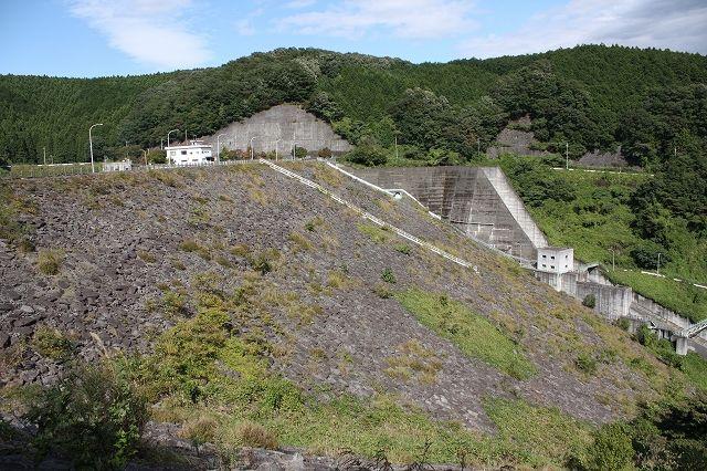 19寺山ダム