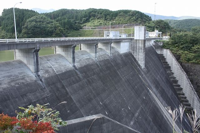 22東荒川ダム
