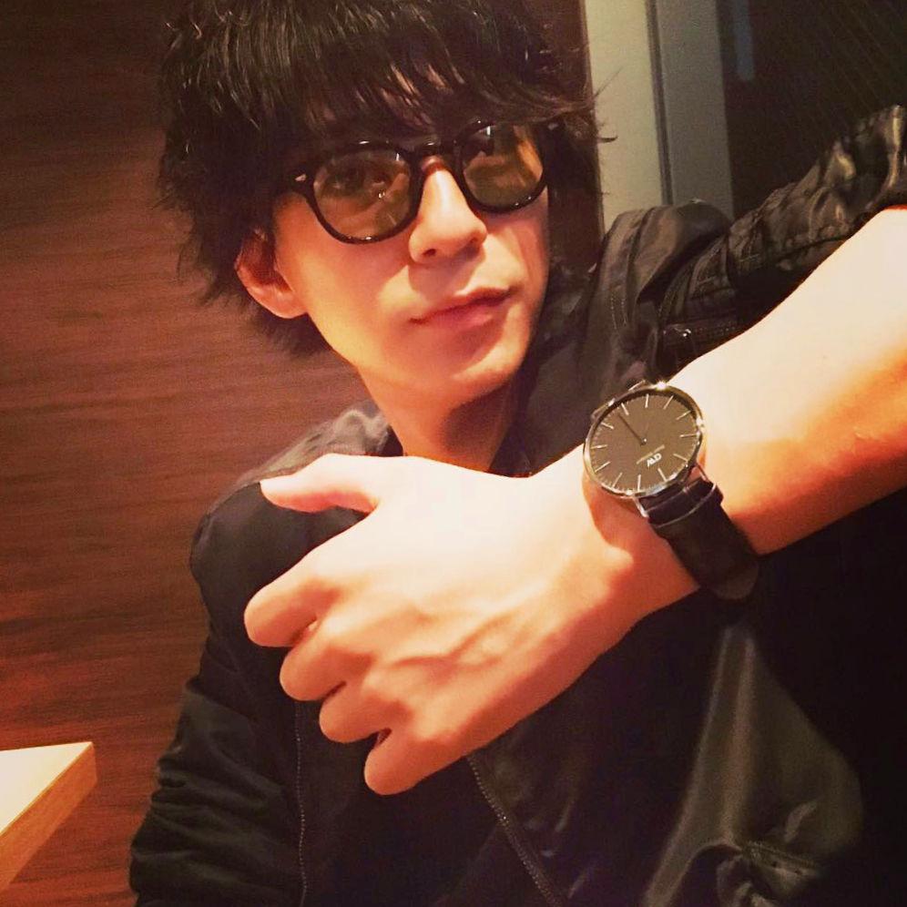 三浦翔平 shohei_miura_dw_watch_classic_black_silver