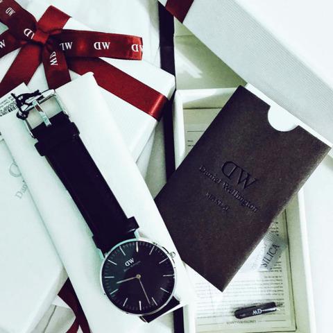 dw_black_watch_0001
