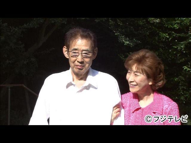 テレビ】高島忠夫夫妻、49年前の...