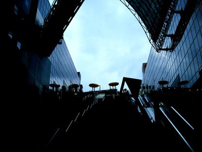 009 京都駅・大階段