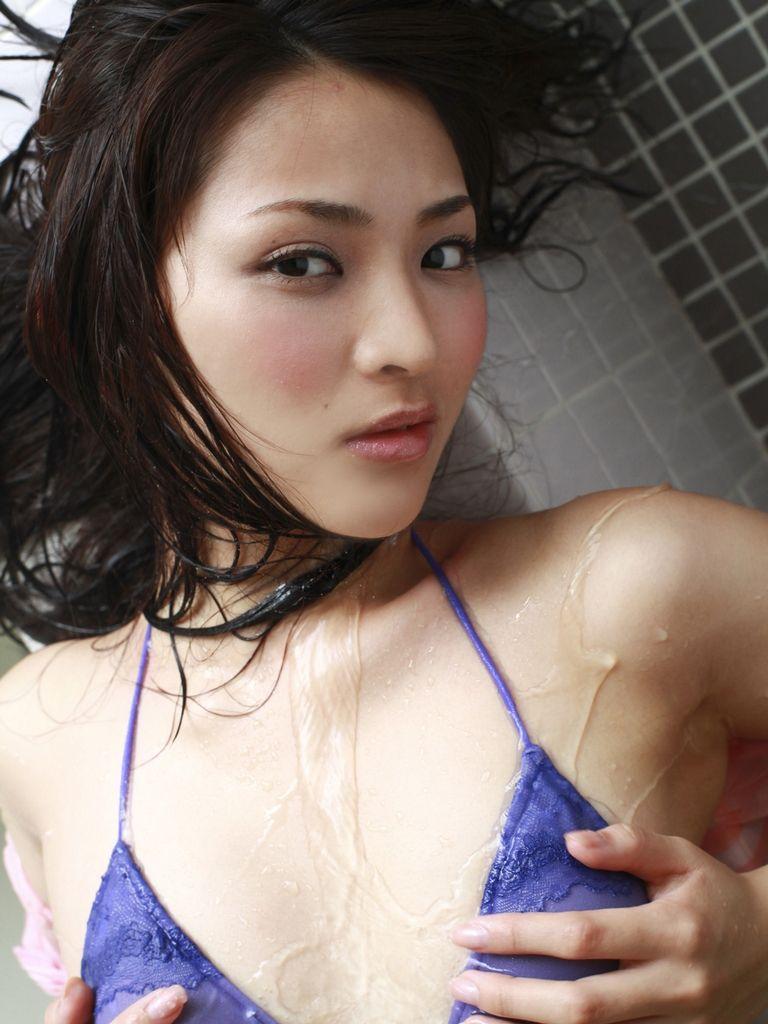 胸がないからお尻で勝負する鈴木咲の画像 40枚画像39