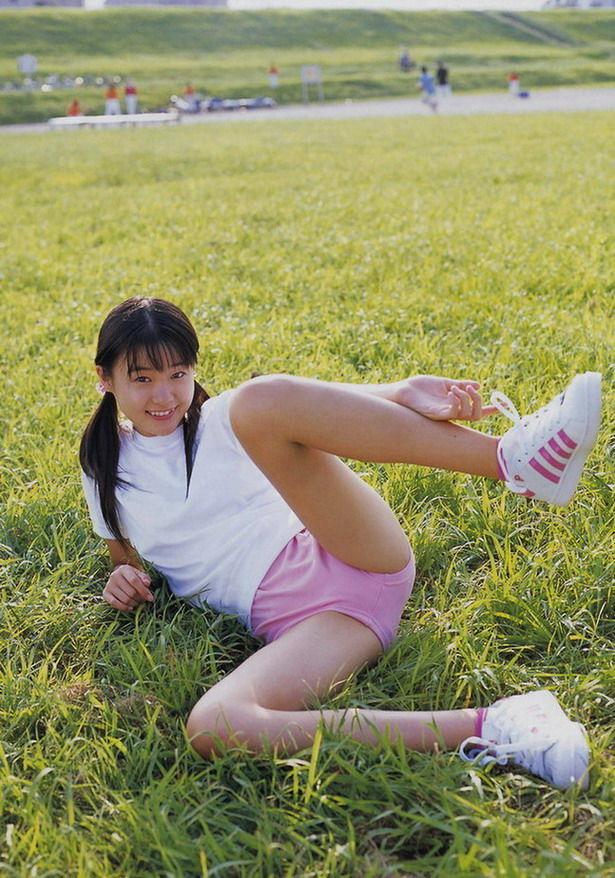 かわいいミニの制服着た女子高生に超接近オナニー12fc2>1本 YouTube動画>1本 ->画像>127枚