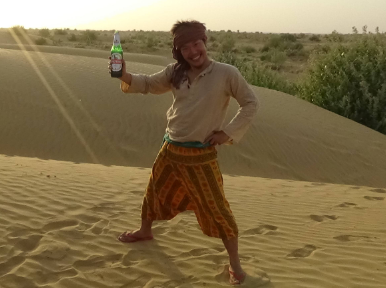 【悲報】コジマ店員、インドの動画を編集中、突然お腹を壊す【ガンジス川の呪い】