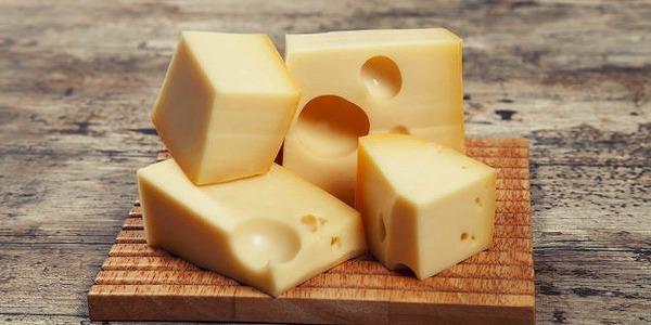 【悲報】アレルギー持ちにチーズ投げて殺したイギリスのガキ、今度はチーズメーカーから訴えられる