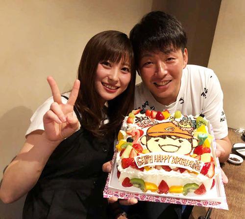 【朗報】広島大瀬良が浅田真由と結婚!TDSでプロポーズwwwwww