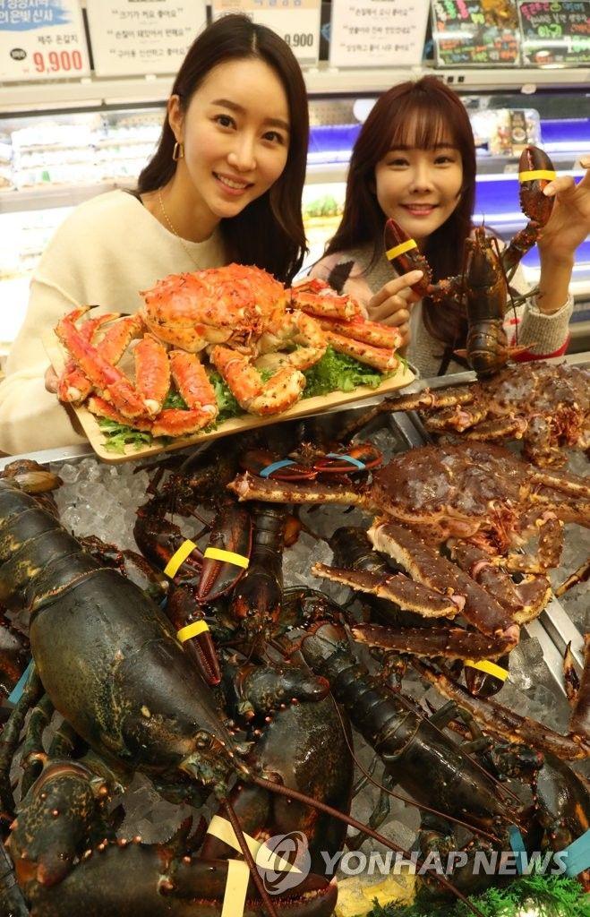 【韓国】身が詰まったロシア産のタラバガニ召し上がれ(写真)