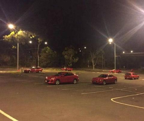 【画像】まばら駐車(赤)