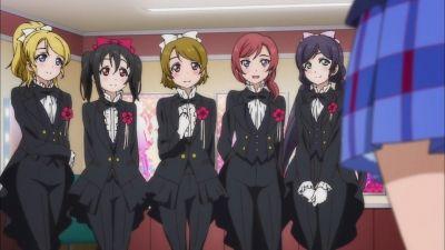 【ラブライブ!】スーツが似合うラブライブキャラクターといえば?