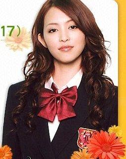 【画像あり】悲しいなぁ…女優の岩佐真悠子がおっさんとセックスする画像…