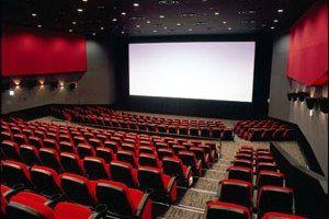 変な客も結構来る映画館でバイトしてるけど質問ある?