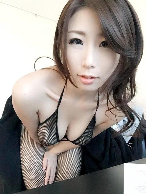 shinoda_ayumi_3311-088s