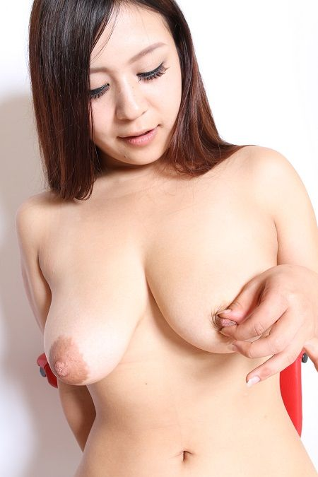 巨乳 (8)