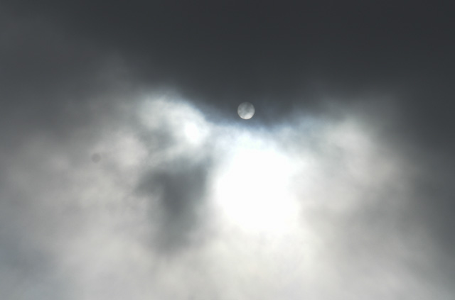 DSC-R1 DSC-F77 日食に挑む!!
