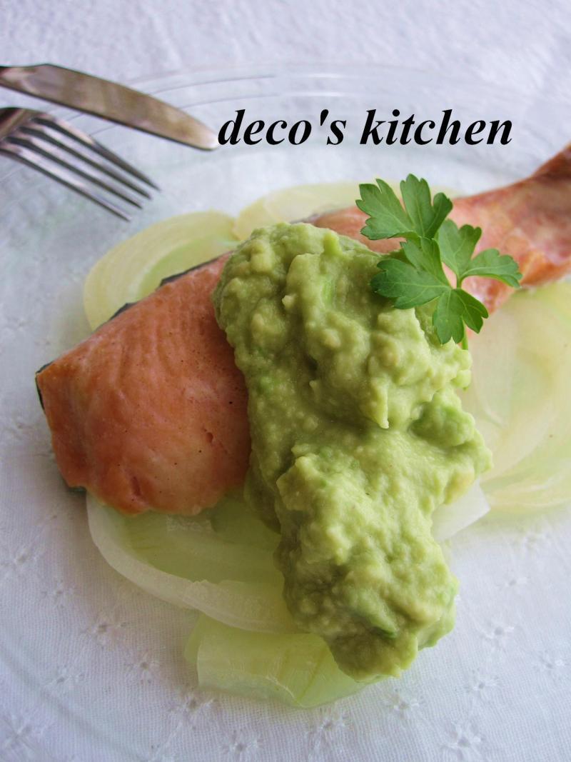 decoの小さな台所。-アボココナッツソース鮭ワイン蒸し2