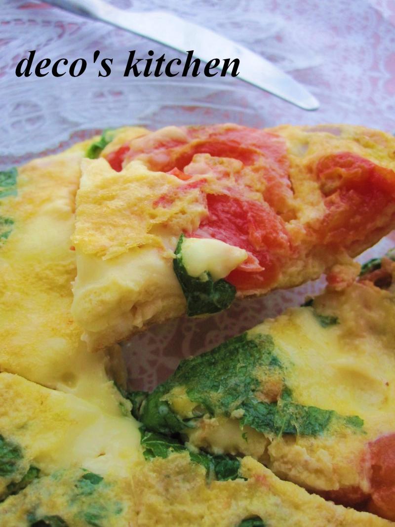 decoの小さな台所。-大葉トマトチーズマッシュルームのオムレツ1