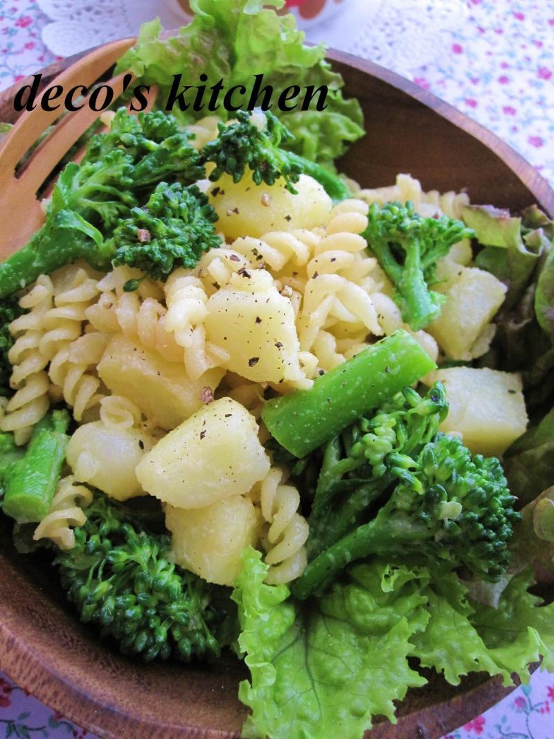 decoの小さな台所。-ポテトとブロッコリーのホットパスタサラダ4
