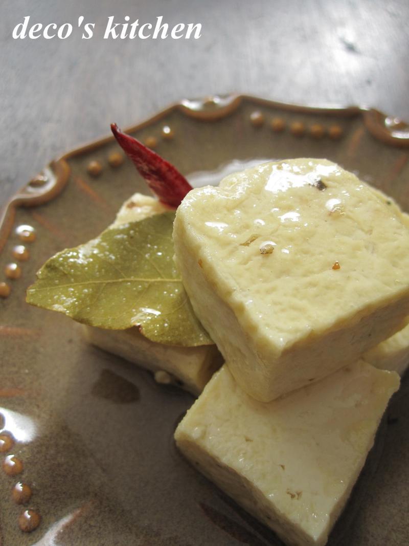 decoの小さな台所。-豆腐のオイル漬け2
