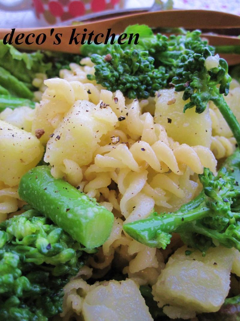 decoの小さな台所。-ポテトとブロッコリーのホットパスタサラダ6