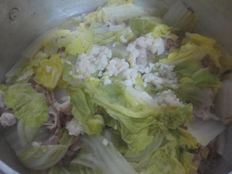 豚肉と大根と白菜の塩麹蒸し煮10