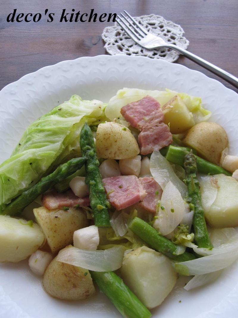 decoの小さな台所。-春野菜のワイン蒸し1