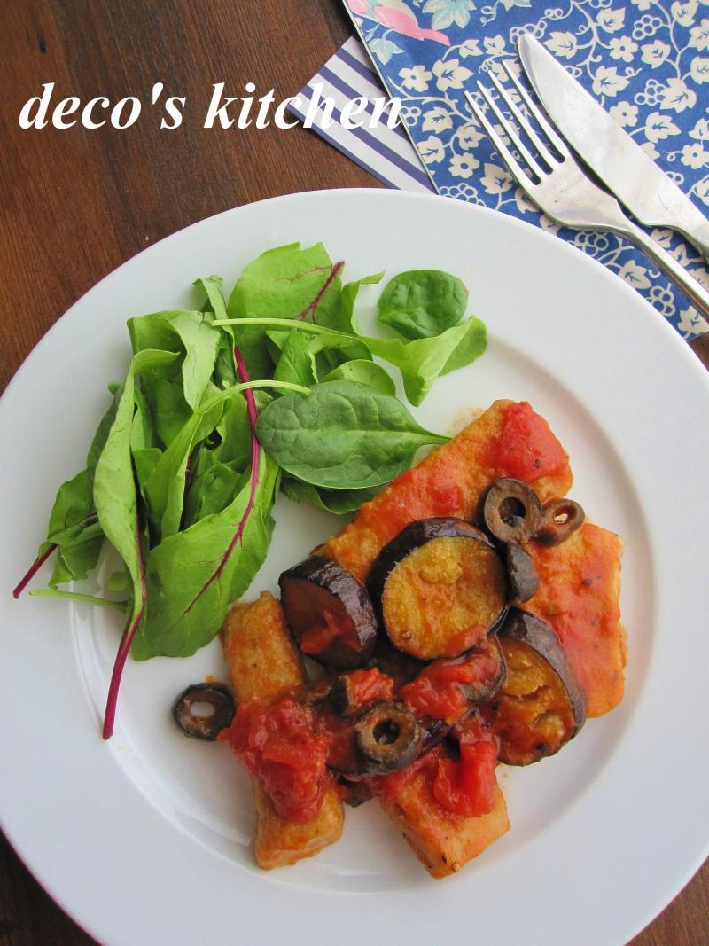 decoの小さな台所。-まぐろすき身とナスのトマトソテー1