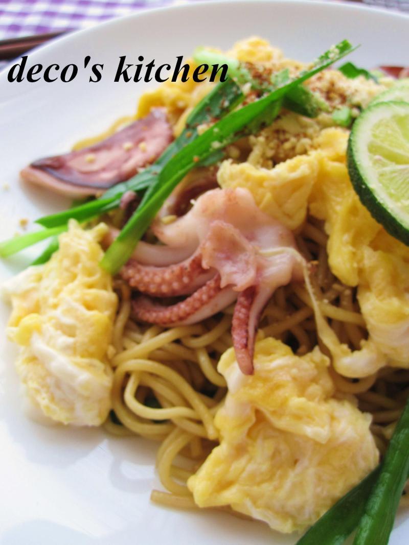 decoの小さな台所。-イカゲソとニラのエスニック焼きそば5